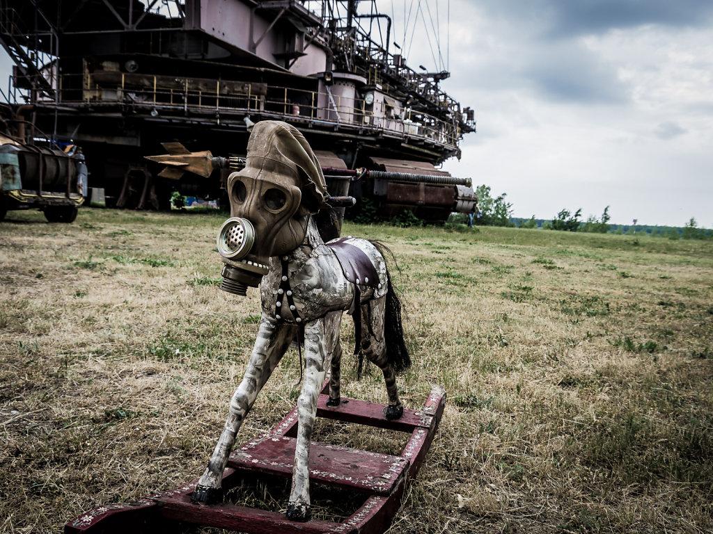 Post-Apoc Rocking Horse